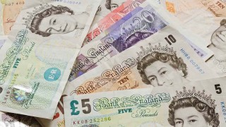 UK Borrowers Overpaying on Payday Loans