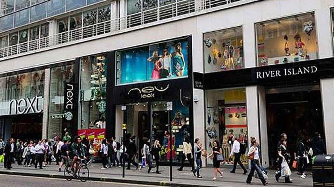 consumer spending doing well header