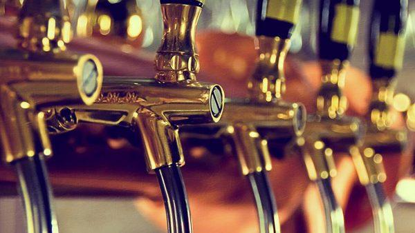 pub industry drink header